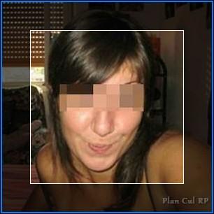 Plan cul régulier avec une femme très sexy de Charleville-Mézières